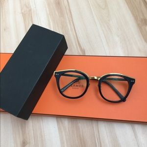 Grafik Plastic oversized prescription eyeglasses